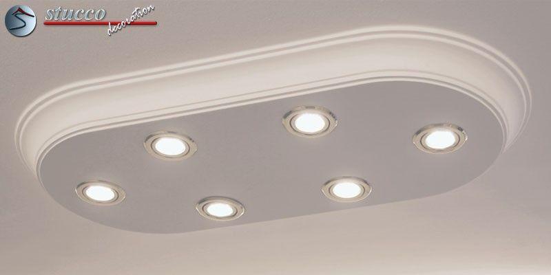 Die Design Stucklampe aus Zierleisten mit LED Spotlampen Bayern 10/1000x500-3 bauen wir komplett für Sie zusammen, so dass diese ovale LED Deckenleuchte bei Ihnen zu Hause nur noch angeschlossen und angeklebt zu werden braucht.