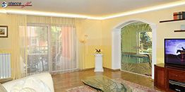 indirekte deckenbeleuchtung stuckleisten aus styropor. Black Bedroom Furniture Sets. Home Design Ideas